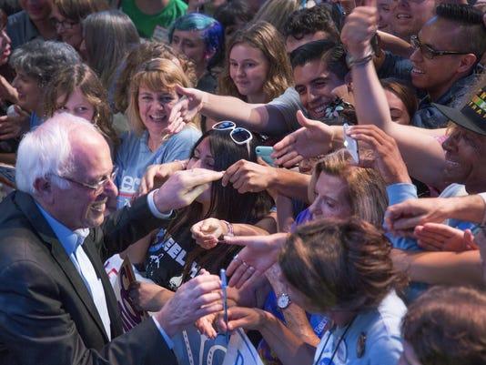 Bernie Sanders Hosts LA Fundraising Reception