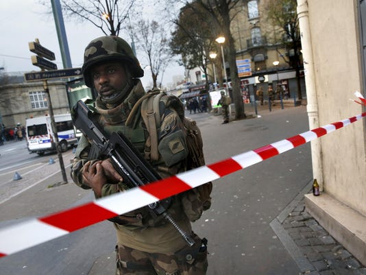 French: Suspects in morning raid were about to launch new attacks