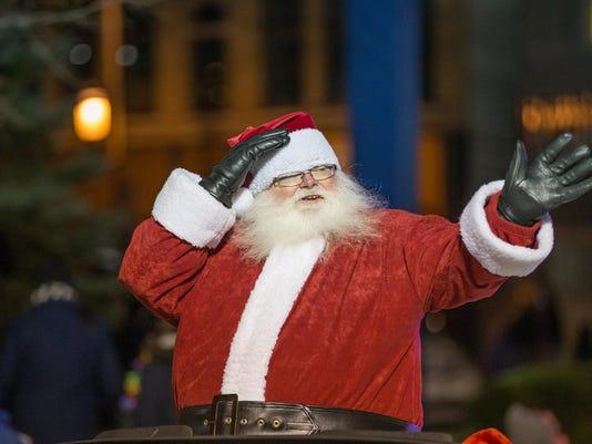 -OSH Holiday Parade 11122015_JK_0050.jpg_20151112.jpg