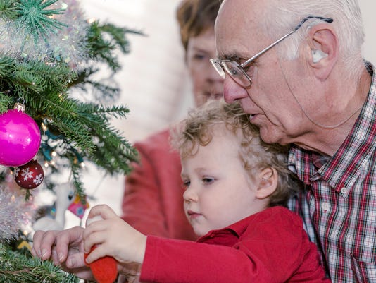Loved one in assisted living? Make holidays merry for all