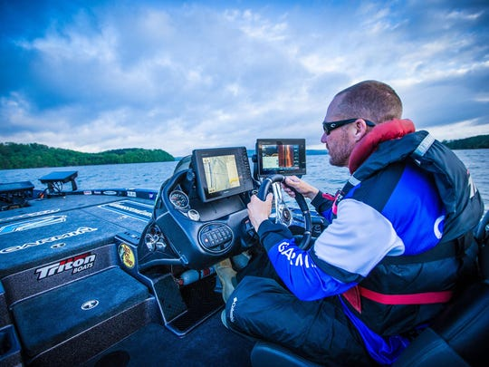 When Brent Chapman of Lake Quivira fishes on the B.A.S.S. national circuit, he often is surrounded by high-tech electronics to show him where the fish are hiding.