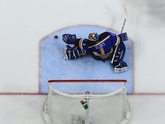 Chicago Blackhawks v St. Louis Blues - Game 1