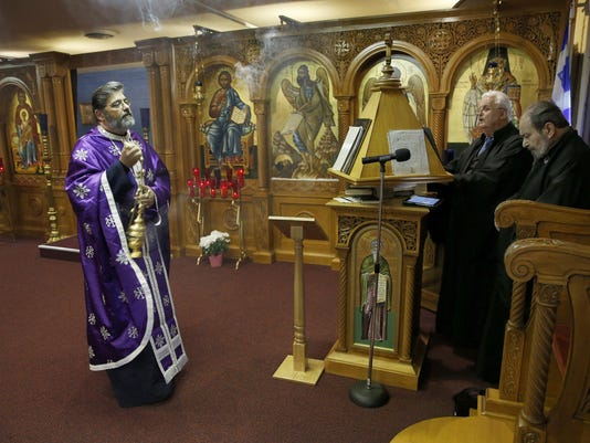Thousands flock to 'miracle' icon at south suburban Chicago church
