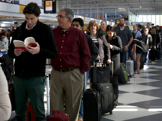 Long security lines strand dozens overnight at Chicago's O'Hare