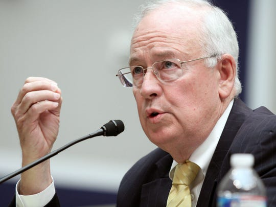 """""""Impeachment is hell,"""" warned independent counsel KenStarr, whose exhaustive investigative report on Clinton was the basis for the House vote."""