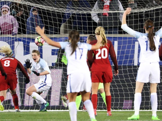 FBL-SHEBELIEVES-CUP-WOMEN-USA-ENG-ENGLAND