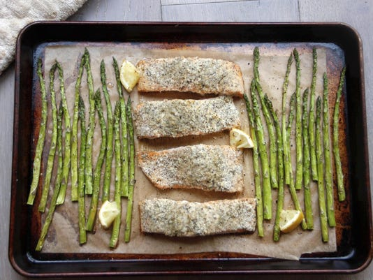 Food-Healthy-Sheet Pan Salmon (2)
