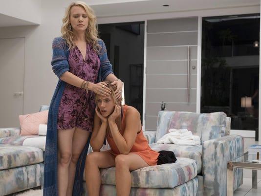 Scarlett Johansson, Kate McKinnon