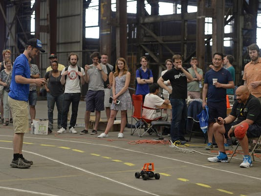 Hackers in West Oakland are racing DIY autonomous cars ó and it may revolutionize your ride