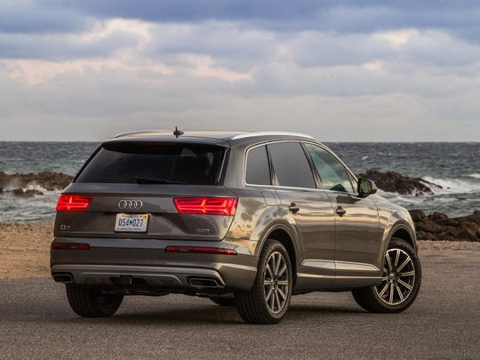 Audo's Q7 may be a three-row crossover, but it's blessed with incredible genetics, including a turbocharged 3.0-liter six-cylinder engine mated to an eight-speed automatic and Quattro all-wheel drive.