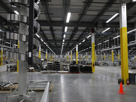 Amazon To Open New Fulfillment Center In Sacramento