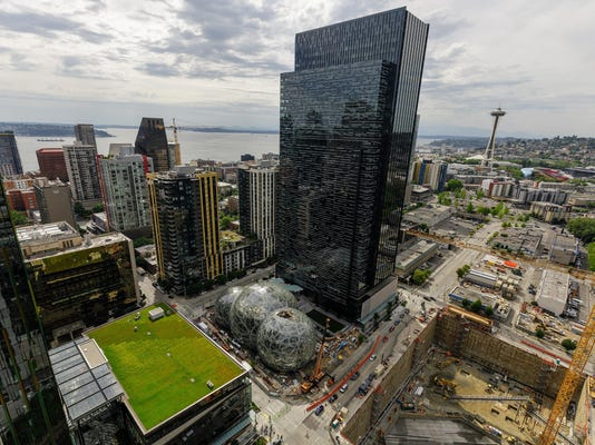 Shopping malls battered by online retailers may be offered to Amazon as HQ2 sites