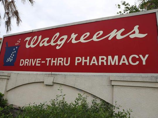 Walmart began providing DisposeRx packets to pharmacy customers last year.