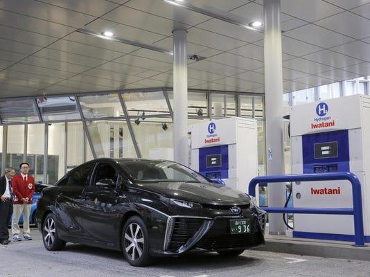 Japan Toyota Hydrogen (2)