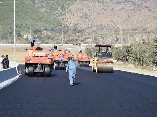 China New Silk Road Hurdles (2)