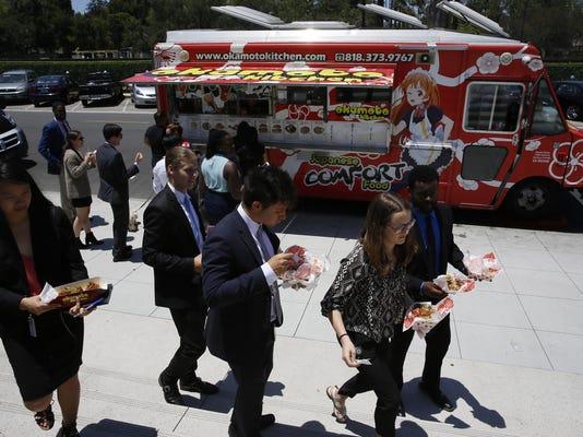 SmallBiz-Small Talk-Food Trucks (2)