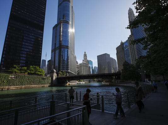 Trump Tower, one of largest users of Chicago River water, has never met EPA rules for protecting fish, records show