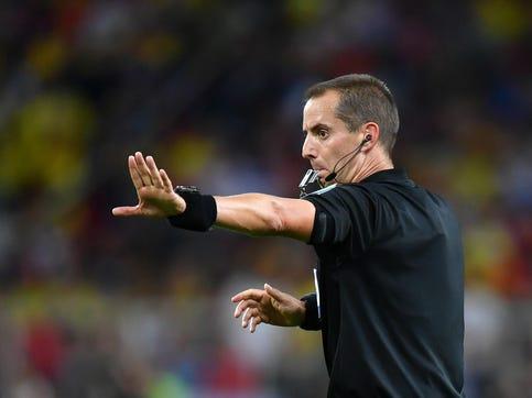 Top American soccer referee Mark Geiger is retiring