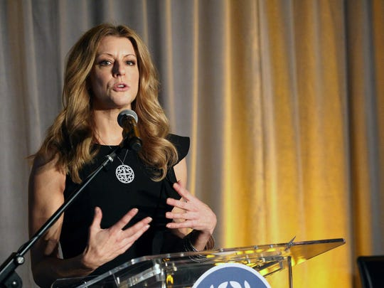 WESTWOOD, CA - NOVEMBER 18:  Sports journalist Bonnie Bernstein speaks on stage during the National Football Foundation Leadership Hall Of Fame Luncheon honoring Casey Wasserman at UCLA's Pauley Pavilion on November 18, 2015 in Westwood, California.  (Photo by Tommaso Boddi/Getty Images for National Football Foundation)