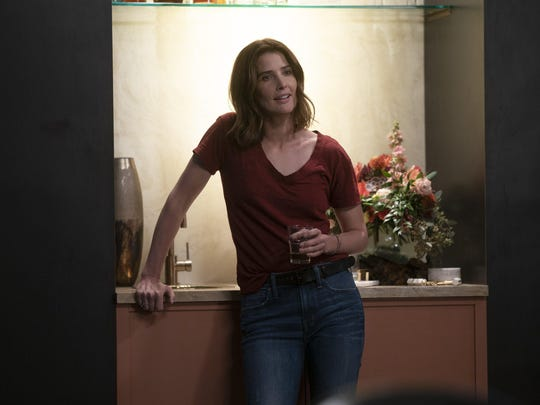 "Cobie Smulders plays a private investigator in ""Stumptown,"" which debuts at 10 p.m. Wednesday on ABC."