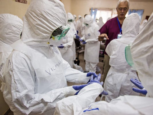 2014 412549087-Sierra_Leone_Ebola_AMDF107_WEB534307.jpg_20140920.jpg