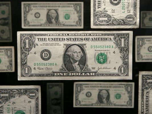 -dollar.jpg_20081029.jpg