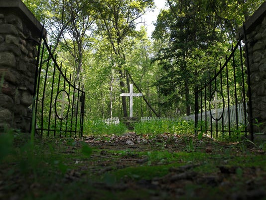 -AL 070514 industry graveyard O.jpg_20140707.jpg