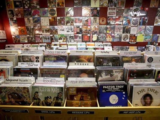 -SAL Record Store 0416 FIVE.jpg_20150409.jpg