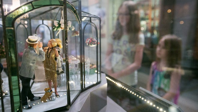 A 1920's Wedding Reception is on display at the Mini Time Machine Museum of Miniatures.