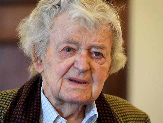 Hal Holbrook visited The Dixie Performing Arts Center, Monday, November 6. Holbrook, 92, treated Carroll Academy students to lunch before watching them perform in a play.