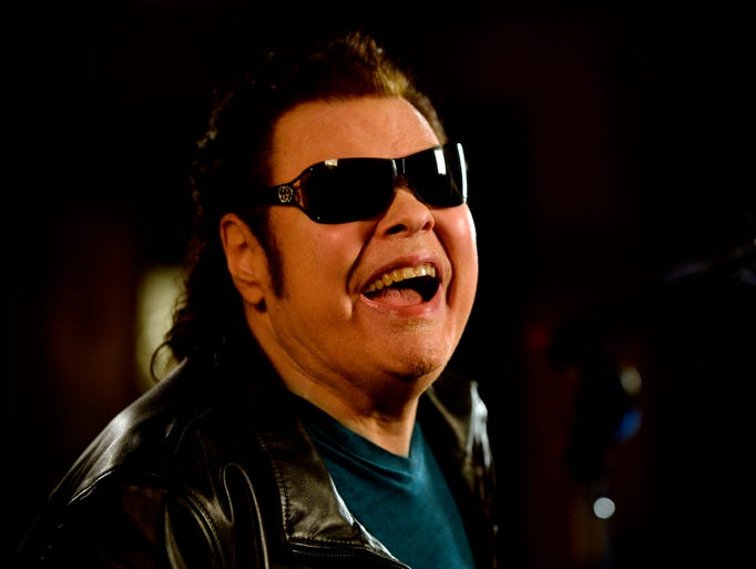 Country music legend Ronnie Milsap will released a