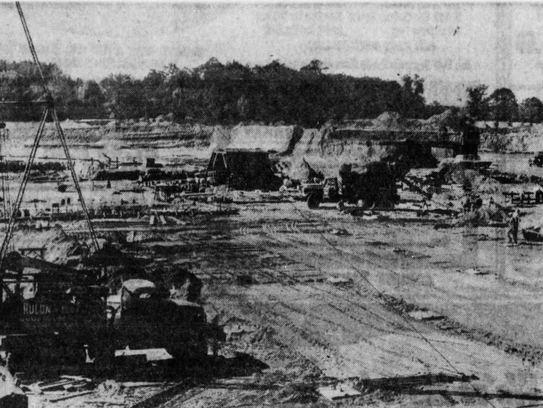 Farmland being cleared for Monmouth Shopping Center