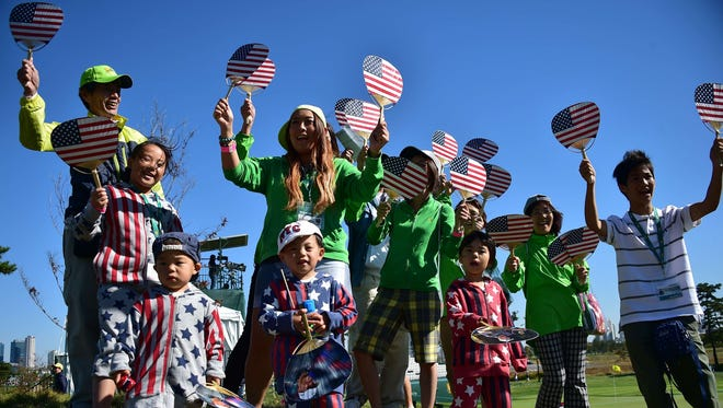 Fans root for the U.S. team at the Presidents Cup.