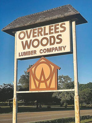 Overlees-Woods Lumber Co. has continued to serve customers before and during the shutdown. Laura Summers for the E-E