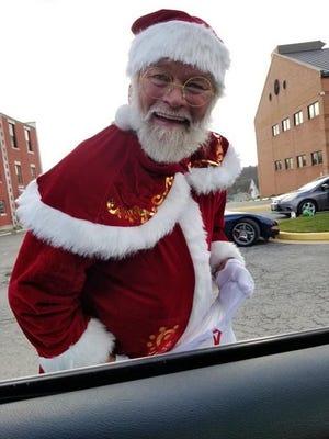 Richard Leuthauser as Santa