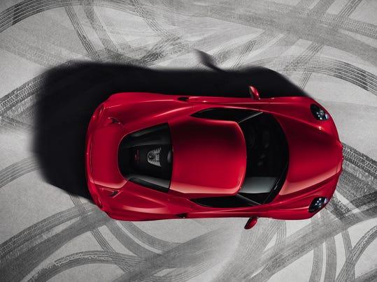 Alfa Romeo 4C ext 2.jpg
