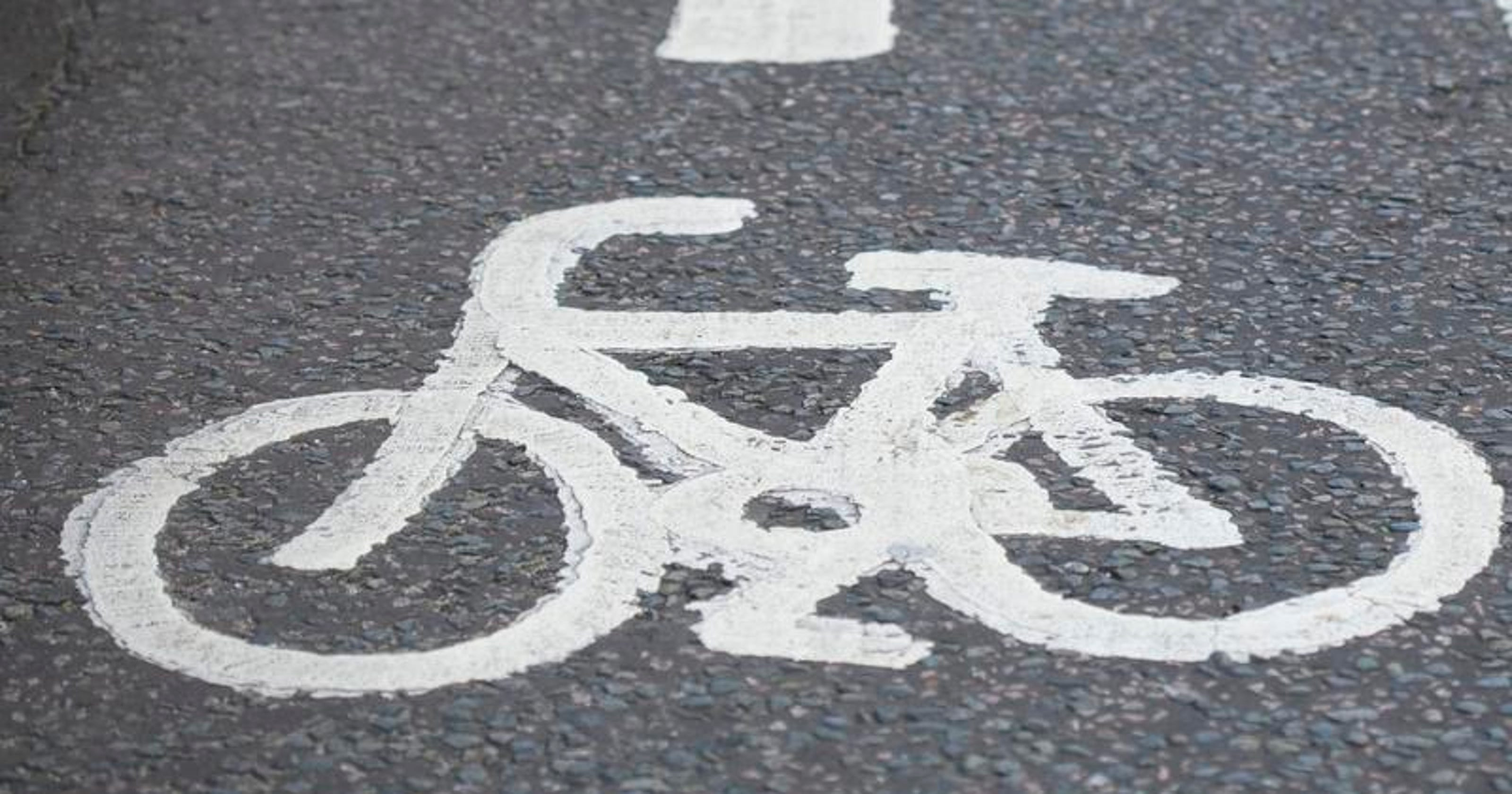 Expect crowd to sound off on Fremont Street bicycle lanes