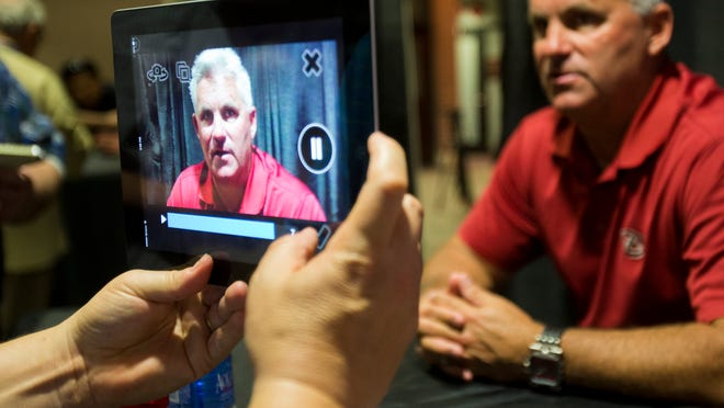 Feb. 18, 2014 - Diamondbacks General Manager Kevin Towers talks to reporters during media day for managers and general managers at Chase Field.