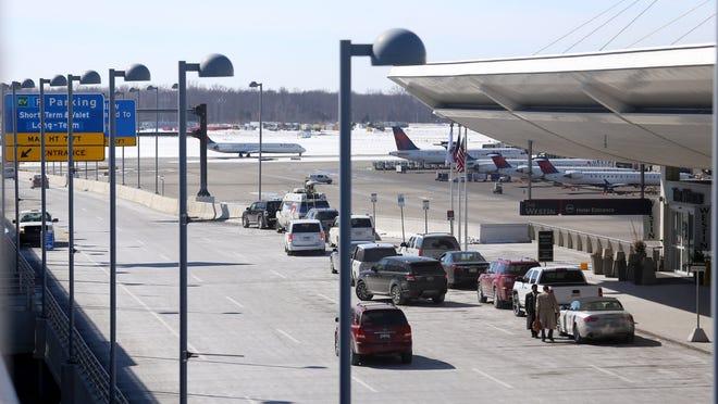 Traffic shown at McNamara Terminal at Detroit Metropolitan Airport in Romulus.