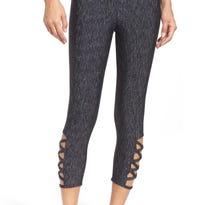 When is wearing leggings as pants appropriate? Never!