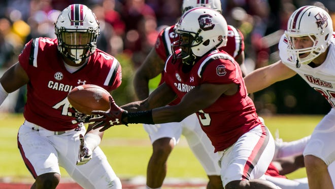 Oct 22, 2016; Columbia, SC, USA; South Carolina Gamecocks defensive back Chris Lammons (3) recovers a fumble by the Massachusetts Minutemen in the first quarter at Williams-Brice Stadium. Mandatory Credit: Jeff Blake-USA TODAY Sports