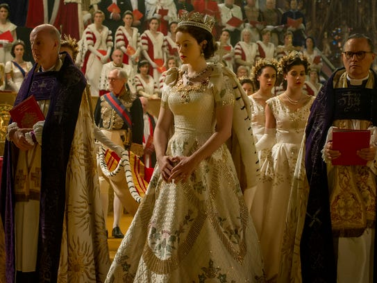 review 39 the crown 39 is sumptuous miniseries with stellar cast. Black Bedroom Furniture Sets. Home Design Ideas