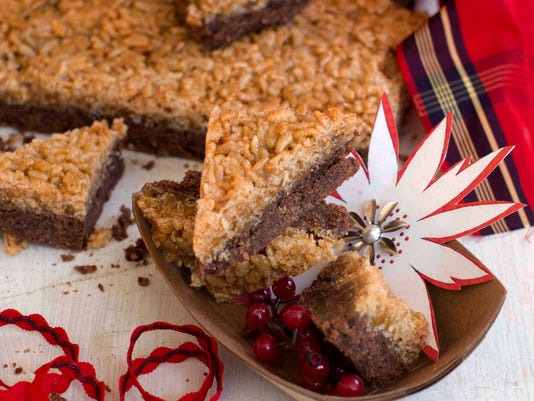 6 Food Holiday Cookies _Atki (2).jpg