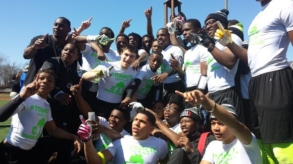 2014 Changing the Community 7-on-7 football team.