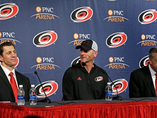 Hurricanes_Brind'Amour_Hockey_34437.jpg