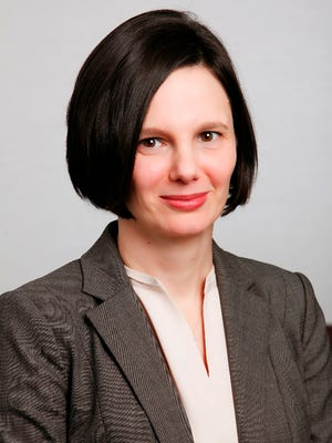 Irina Gikhman was promoted at the Federal Home Loan Bank of Cincinnati.