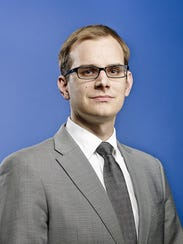 Andrew R. Hanson is a senior research analyst at the