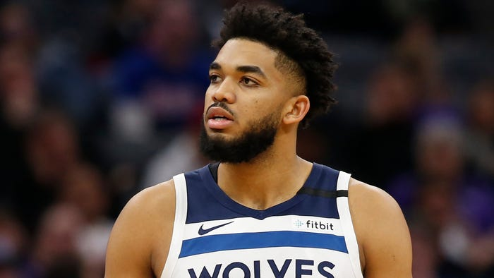 Timberwolves' Towns says mother hospitalized with COVID-19