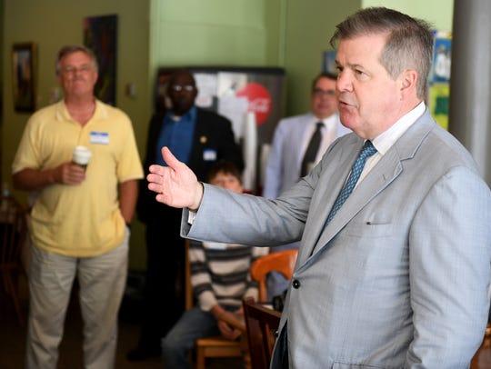 Former Nashville Mayor and Tennessee gubernatorial