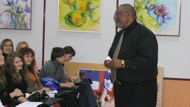 Quintard Taylor, a professor of African-American history at the University of Washington, and founder of BlackPast.org, lectures at the Ekaterinburg Institute of International Relations in Russia in Sept. 2005.
